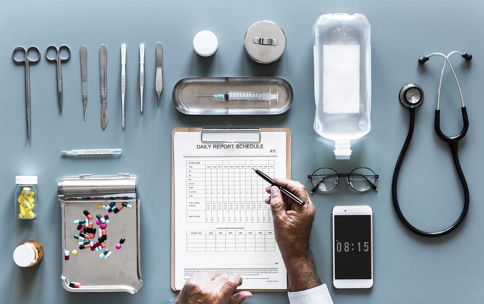 Cerchiamo medici, infermieri o professionisti nel settore sanitario per lavoro in Francia