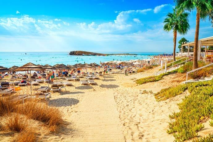 Trasferirsi A Cipro