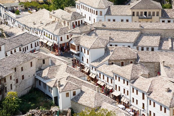 Vivere in pensione ad Argirocastro, Albania