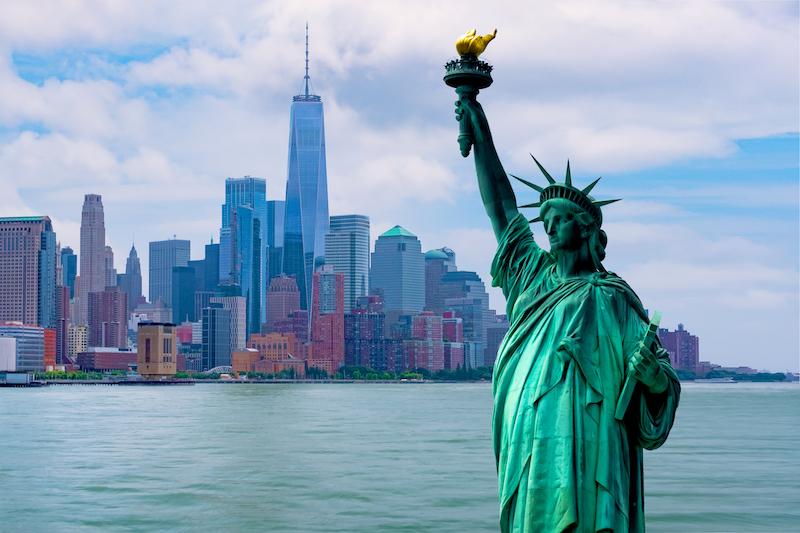 Vuoi trasferirti negli USA e ti stai chiedendo come fare?